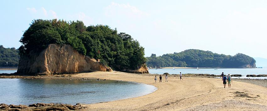 香川が誇る自然のアート!小豆島エンジェルロードに行こう